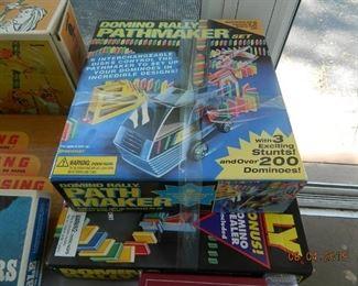 Domino Rally game