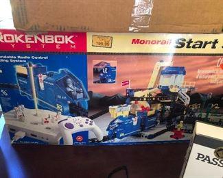 Monorail model kit