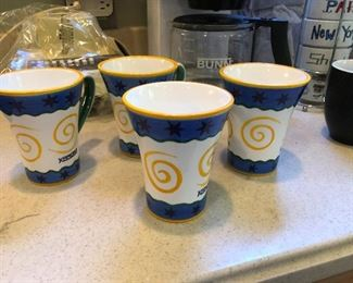 curly cups