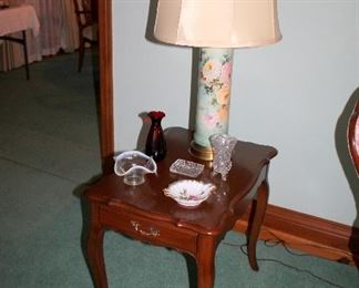 French Provincial end tables, beautiful vintage handpainted china lamps