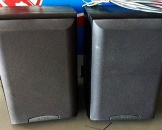 Pair of Sony Speakers