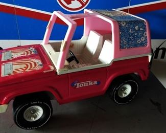 """Vintage Tonka """"Barbie"""" Jeep"""