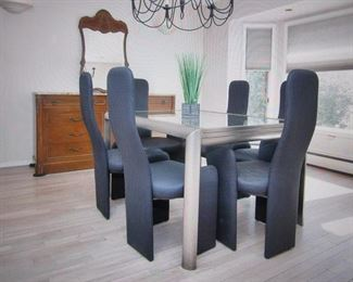 Dining Room Suite With Retractable Table   Beautiful 6 Tread-line Fabric Chairs