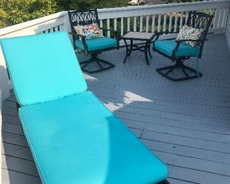 Chaise lounger w/custom cushion  3 pc set- 2 swivel chairs w/custom cushions w/end table