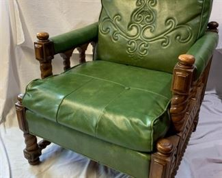 Green vinyl retro chair                 https://ctbids.com/#!/description/share/208639