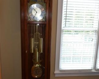 Howard Miller Grandfather Clock works well