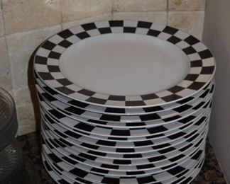 Signature Housewares Stoneware