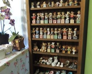 lots of collectible bears  and shoes also many other rabbits and mice colletibles too