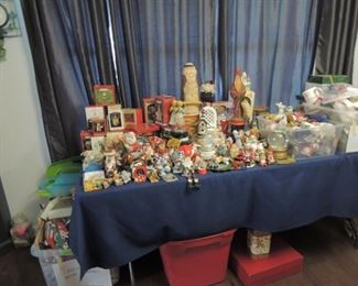 much more christmas lots of hallmark and vintage pieces