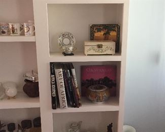 Vintage Jewelry Box/ Books (Africa)
