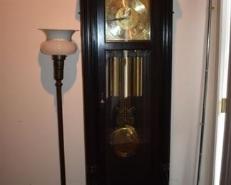 Steinway Grandfather Clock working Wonderful Sounds to the Chimes!