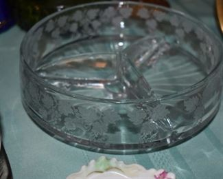 Beautiful divided Relish Bowl with Etched Leaf pattern