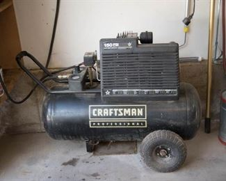 Craftsman 150psi 25Gal Air Compressor