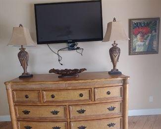"Beautiful Chest/Dresser, Lamps, 51"" Plasma Flat Screen         Samsung TV, Lamps"