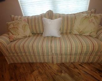 Pull Out Sofa Bed.  Nice Upholstery, like new condition