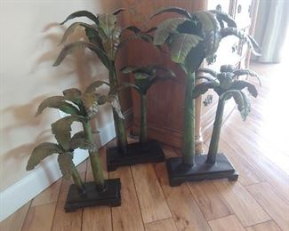 Metal palm trees (ONLY 2 LEFT)