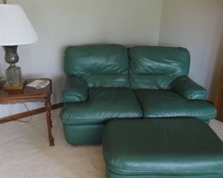 Green leather sectional w/ ottoman, Green marble base lamp