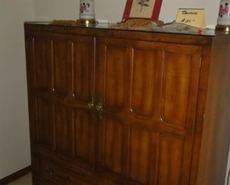 Chest of Drawers and cubbies