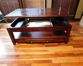 Nebraska Furniture Mart rising coffee table