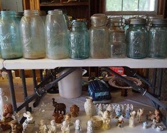 jars and figurines