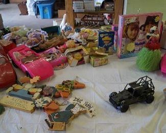 décor, Barbie toys