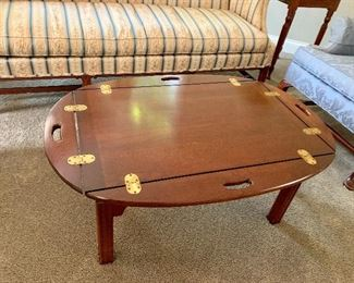 Coffee Table-Top's sides folds up
