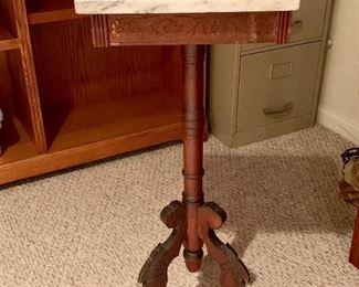 Vintage Eastlake table w/marble top