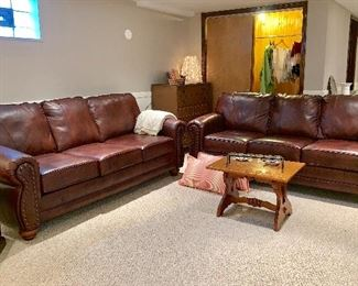 Like new 2 matching couches - in perfect condition