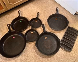 4 Wagner Frying Pans