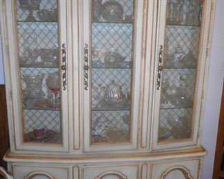Drexel Furniture White Hand Carved Hollywood Regency Curio China Cabinet, Filled. Brass Lattice Doors, Glass Shelves, Storage