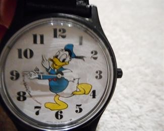 RARE and Donalds Hands Move..Donald Duck Watch