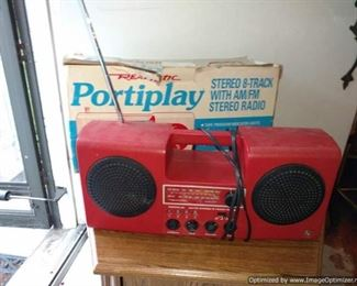 Vintage Realistic Portiplay 8 Track AM FM Stereo Stereo Boombox - works!