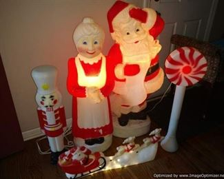 Union Products blow mold large scale Christmas lighted decor