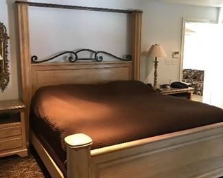 King size bed by Henredon (mattress/boxspring not for sale)