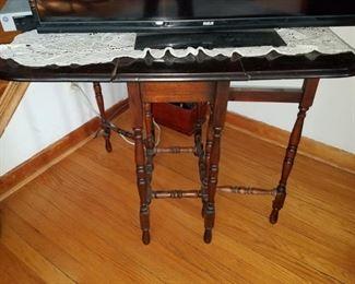 Vintage gateleg table...sorry...homeowner took back