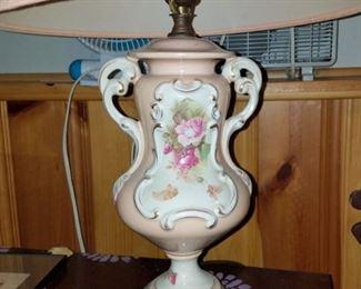 Vintage lamp $25