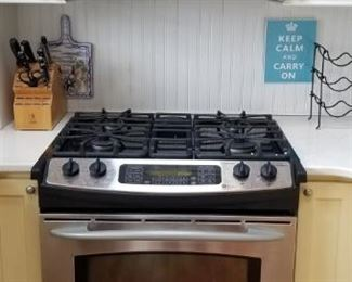 GE Profile gas range & microwave oven