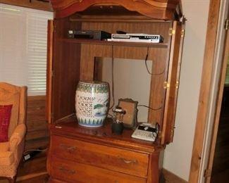 Hooker Furniture USA made Entertainment Center