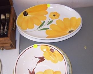 PASTA  BOWLS AND DISHES