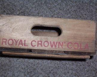 VINTAGE ROYAL CROWN COLA WOOD CASE