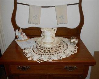 Oak antique wash stand