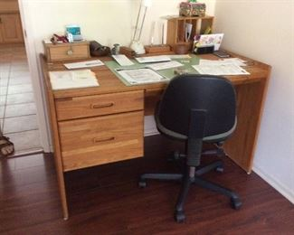 Small scale oak desk