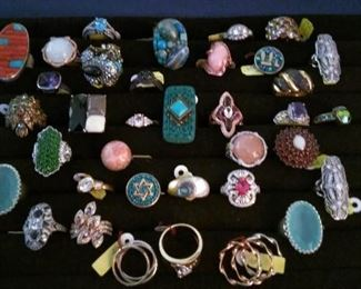 Sterling precious stone and costume rings including Heidi Das and others (not kept on the premises until the day of the sale).