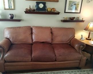 Very nice leather sofa