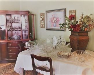 Mahagony China Cabinet and Dining Table