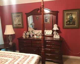 American Drew Queen Anne Dresser/Mirror