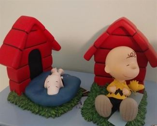 Charlie Brown and Snoopy Bookends new in box