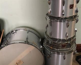 Drum Set with Tophat