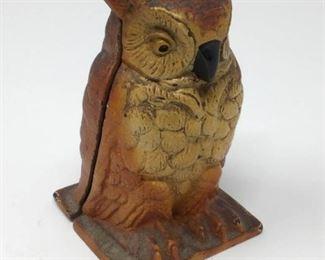 1930s Cast Iron Owl Bank by Vindex Toys        https://ctbids.com/#!/description/share/206512