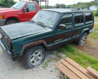 4  2000 Jeep Cherokee 4x4 Sport